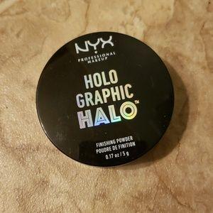NYX Holo graphic halo finishing powder
